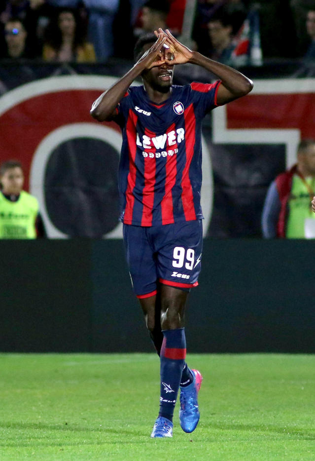 Crotone's Simy celebrates after scoring during the Serie A soccer match between Crotone and Juventus, at the Ezio Scida stadium in Crotone, Italy, Wednesday, April 18, 2018. 18 (Albano Angilletta/ANSA via AP)