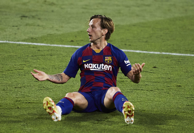 Barcelona is in first place in La Liga, but only by the seat of its pants. (Photo by Fran Santiago/Getty Images)