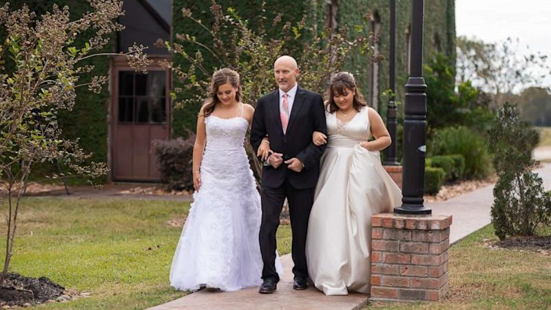 Family does early father-daughter wedding dance after dad's terminal cancer diagnosis