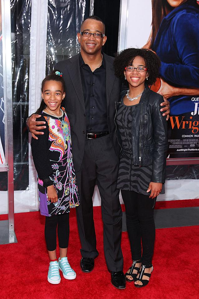 """ESPN personality Stuart Scott and family at the New York City premiere of <a href=""""http://movies.yahoo.com/movie/1810088527/info"""">Just Wright</a> - 05/04/2010"""