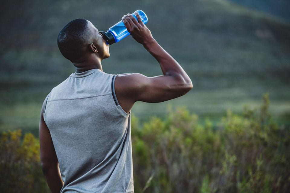 """<p>Despite what Instagram influencers claim, you can't drink yourself skinny with weight loss beverages. There is no single beverage that <a href=""""https://www.menshealth.com/health/a27679298/fat-loss-tips/"""" rel=""""nofollow noopener"""" target=""""_blank"""" data-ylk=""""slk:stimulates fat loss"""" class=""""link rapid-noclick-resp"""">stimulates fat loss</a>, according to Melanie Boehmer, R.D. at <a href=""""https://lenoxhill.northwell.edu/outpatient-nutrition-program"""" rel=""""nofollow noopener"""" target=""""_blank"""" data-ylk=""""slk:Lenox Hill Hospital"""" class=""""link rapid-noclick-resp"""">Lenox Hill Hospital</a>. </p><p>""""Straight up, if we are talking about weight loss, we are talking about a caloric deficit,"""" says Boehmer. And watching how many calories you consume from beverages can help you eat fewer calories overall. <br></p><p>""""It is very easy to consume excess calories via beverages,"""" says Boehmer. </p><p>You'll want to drink few high-calorie beverages like cocktails or soda if you're looking to lose weight. Ultimately, your main goal should be hydration. </p><p>"""" If you are adequately hydrated you are less likely to experience cravings,"""" she says. </p><p>People who were hydrated—determined through urine samples—had lower Body Mass Indexes compared to people who were not, according to a 2016 study published in the<em><a href=""""https://www.annfammed.org/content/14/4/320.full"""" rel=""""nofollow noopener"""" target=""""_blank"""" data-ylk=""""slk:Annals of Family Medicine"""" class=""""link rapid-noclick-resp""""> Annals of Family Medicine</a></em>. </p><p>Boehmer says dehydration may lead to sugar cravings in some people—which could also lead to weight gain. </p><p>Although Boehmer recommends getting most of your nutrients through food, protein-packed beverages can also help with weight loss, she says. </p><p>Not sure what to drink for your goals? Here are the best drinks for hydration and weight loss: </p>"""