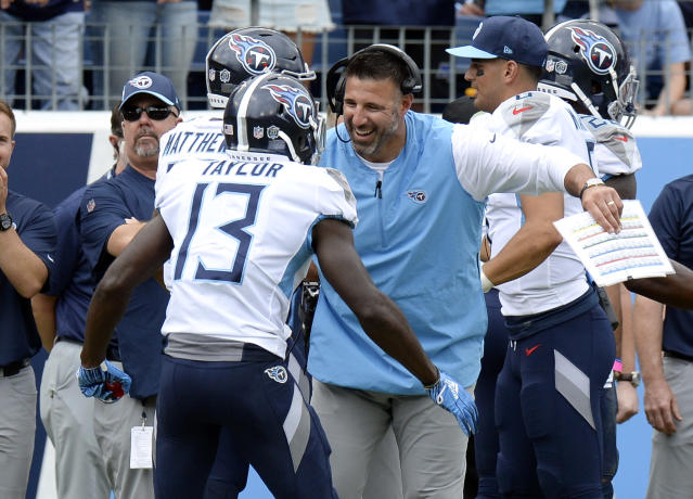 Tennessee Titans head coach Mike Vrabel's big fourth-down gamble led to a win over the Eagles. (AP)