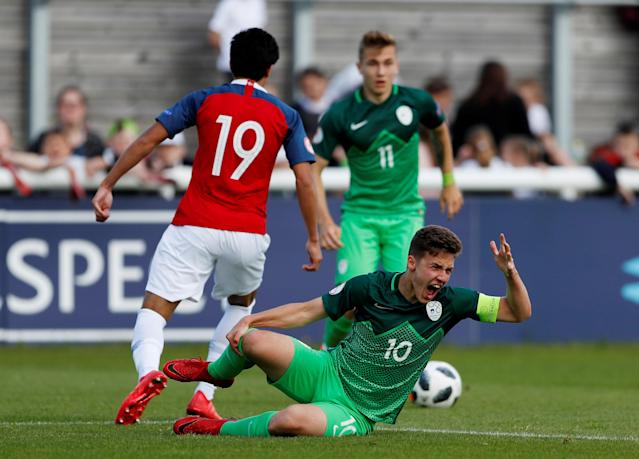 Soccer Football - UEFA European Under-17 Championship - Group B - Norway v Slovenia - Loughborough University Stadium, Loughborough, Britain - May 10, 2018 Slovenia's Tamar Svetlin reacts after a challenge before being shown his second yellow card and then being sent off Action Images via Reuters/Andrew Boyers