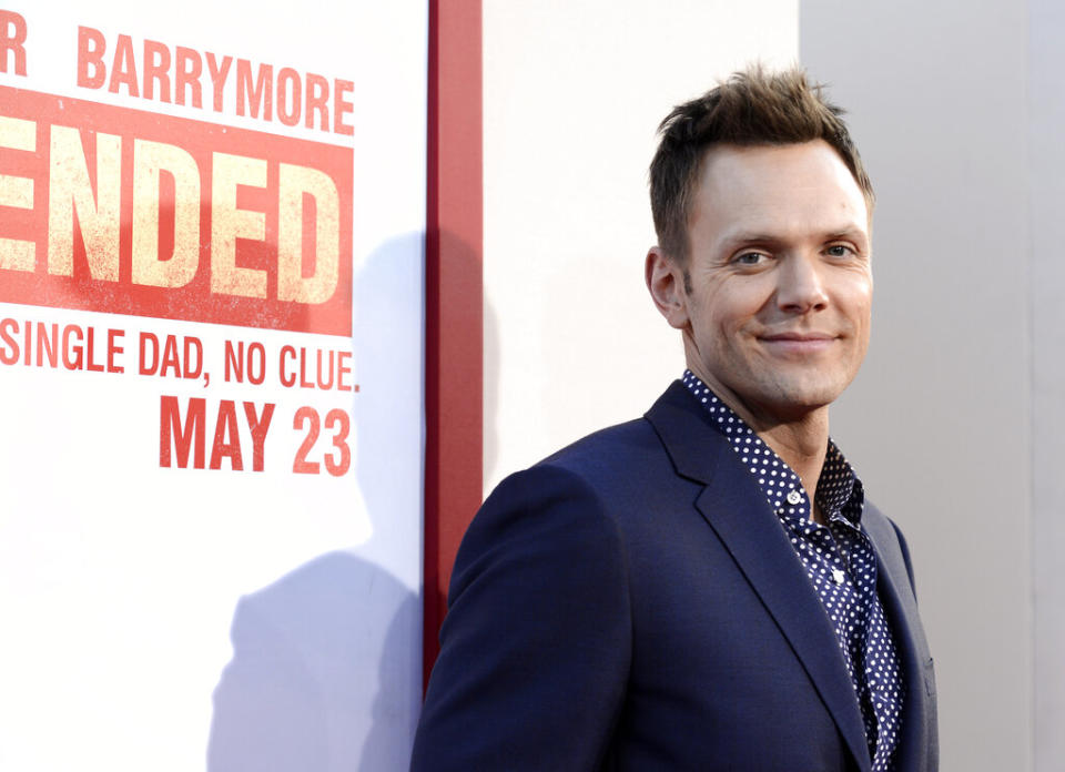 JIn a new podcast, Joel McHale opens up about one of the most traumatic times in his life. (Dan Steinberg/Invision/AP)