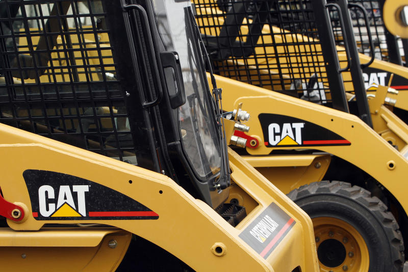 Caterpillar construction machines sit parked the Patten Cat dealership in Hammond, Indiana, October 20, 2006. Caterpillar Inc. reported weaker than expected quarterly earnings with shares down nearly 12 percent. REUTERS/Joshua Lott