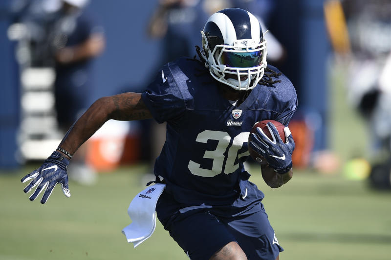 Los Angeles Rams running back Todd Gurley was limited late last season by knee issues. (AP)