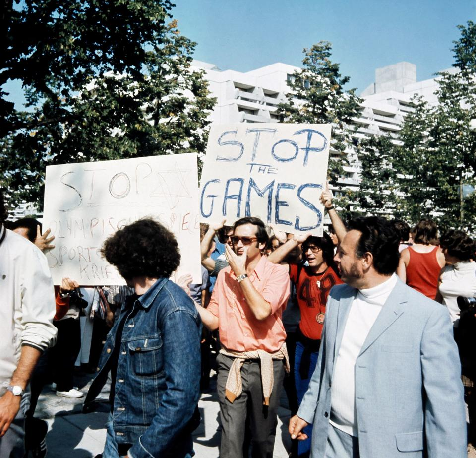 Israeli people demonstrate to stop the Olympic games, on September 06, 1972 in Munich, after the hostage-taking of Israeli team members by a Palestinian commando, during the Munich 1972 Olympic Games. (Getty Images)