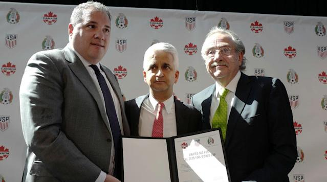 NEW YORK - The United States, Mexico and Canada formally announced on Monday that they are combining on a shared bid to host World Cup 2026.