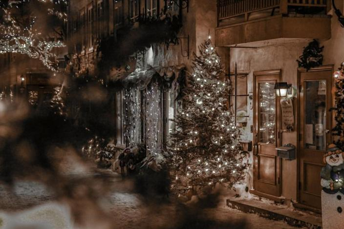 12 Weather Stories of Christmas Past