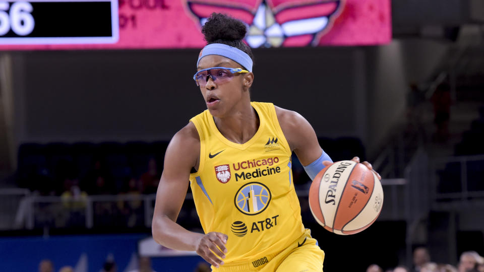 Chicago Sky's Diamond DeShields drives toward the basket during the second half a WNBA basketball game against the Las Vegas Aces, Sunday, Aug. 18, 2019, in Chicago. (AP Photo/Mark Black)