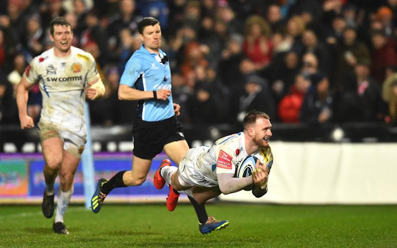 Stuart Hogg of Exeter scores a try during the Gallagher Premiership Rugby match between Gloucester Rugby and Exeter Chiefs at on February 14, 2020 in Gloucester, England - GETTY IMAGES