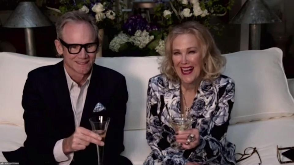 Catherine O'Hara and her husband Bo Welch at the Golden Globes. (Photo: NBC / Contributor)