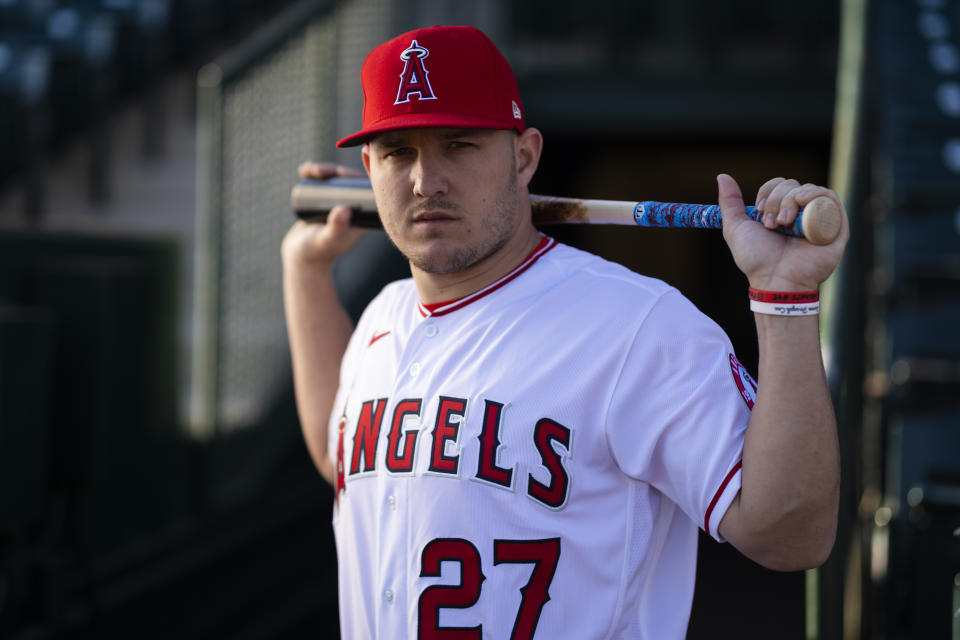 Los Angeles Angels outfielder Mike Trout (27)