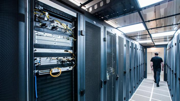 The use of internet-based services has led to ever-growing demand for computer servers