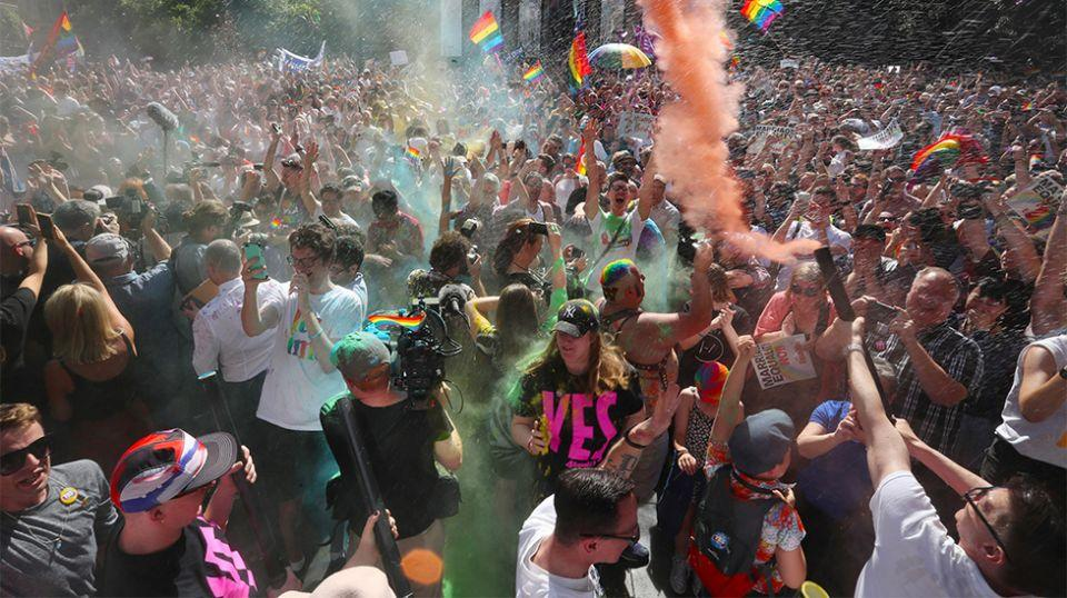 Revellers celebratein Melbourne after the Yes vote announcement. Source: AAP