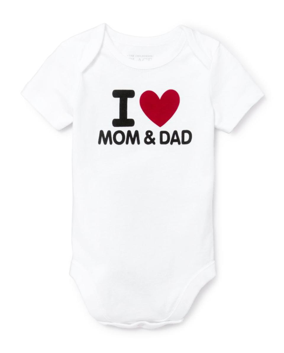 Unisex Baby Mom And Dad Graphic Bodysuit