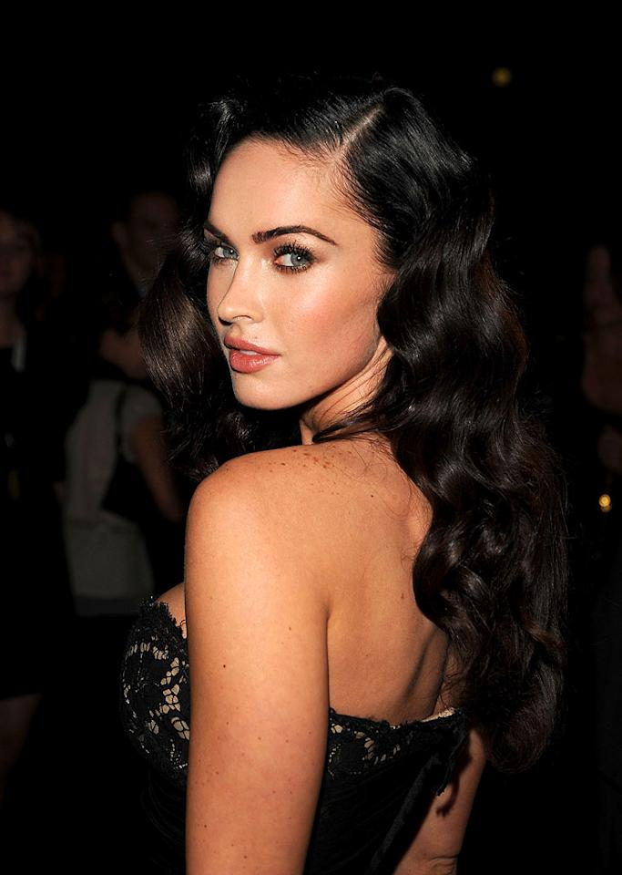 "Sultry starlet Megan Fox channels Old Hollywood in an instant with this wavy dark 'do. George Pimentel/<a href=""http://www.wireimage.com"" target=""new"">WireImage.com</a> - September 10, 2009"