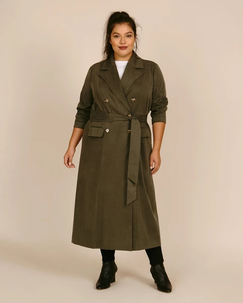 """<h2>Statement Trench</h2><br>""""The trench is back and better than ever. Seen in fresh new colors, patterns, and fabrications with unique details this year, the trench is the ultimate layering piece. The trench is super transitional and can take you from spring through pre-fall.""""<br><br>-Danielle Williams Eke, 11 Honoré Design Director<br><br><strong>11 honore</strong> Paige Trench, $, available at <a href=""""https://go.skimresources.com/?id=30283X879131&url=https%3A%2F%2F11honore.com%2Fproducts%2Fpaige-trench"""" rel=""""nofollow noopener"""" target=""""_blank"""" data-ylk=""""slk:11 Honore"""" class=""""link rapid-noclick-resp"""">11 Honore</a>"""