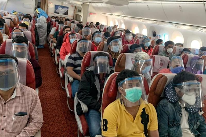 354 Domestic Flights Carrying 47,917 Passengers Operated on Wednesday: Aviation Minister