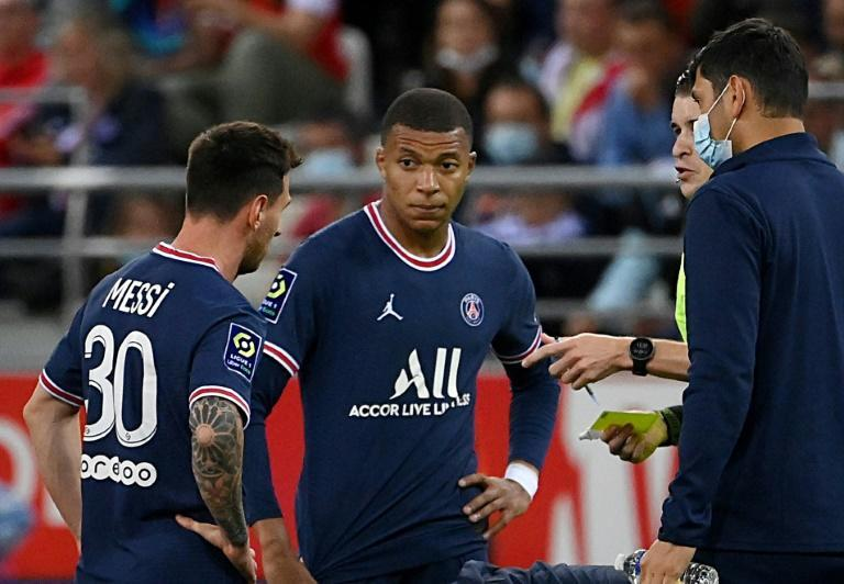 PSG will get at least one full season of Messi and Mbappe together, with Neymar as well (AFP/FRANCK FIFE)