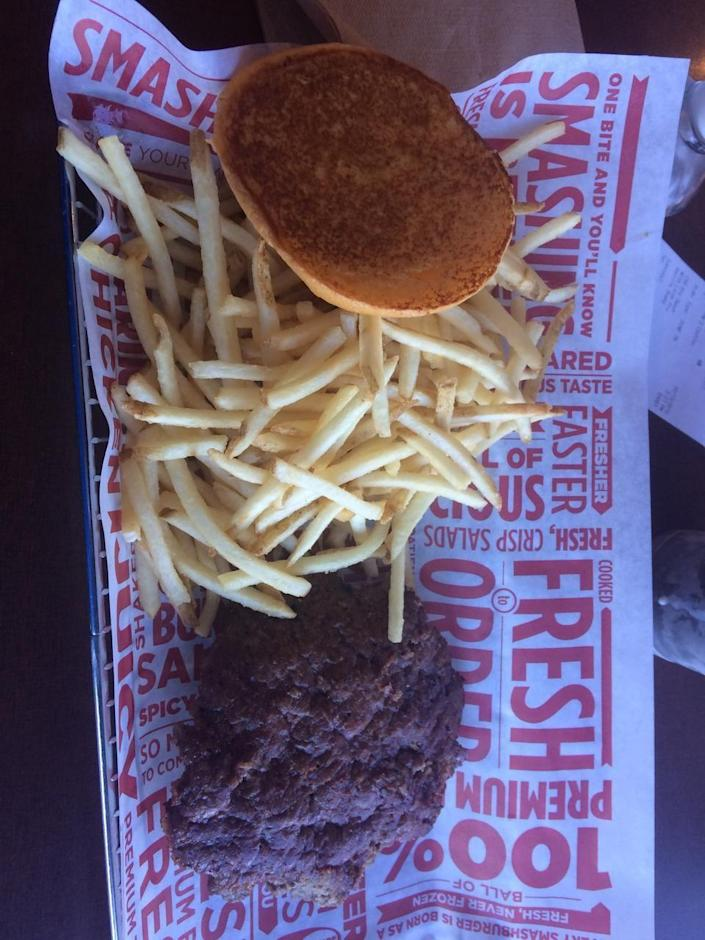 """<p><a href=""""http://smashburger.com"""" rel=""""nofollow noopener"""" target=""""_blank"""" data-ylk=""""slk:Smashburger"""" class=""""link rapid-noclick-resp"""">Smashburger</a>, Fargo (ND)</p><p>""""The smashfries are the greatest French fries in the world!!"""" - Foursquare user <a href=""""https://foursquare.com/alijane91"""" rel=""""nofollow noopener"""" target=""""_blank"""" data-ylk=""""slk:Ali Dart"""" class=""""link rapid-noclick-resp"""">Ali Dart</a></p>"""
