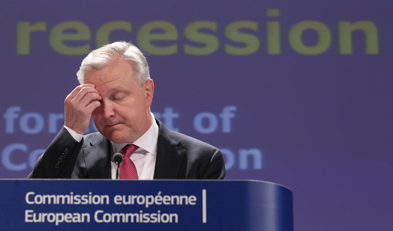 EU predicts eurozone recession to continue in 2013