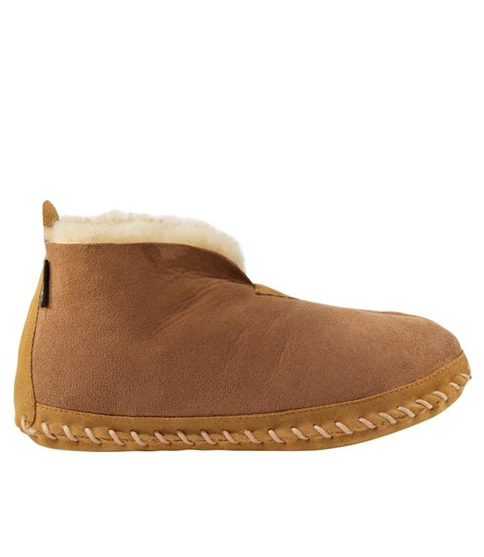"""Slippers are a quintessential part of any dad's uniform—so we imagine he'll love this pair from L.L.Bean that has over 1,700 five-star reviews. $89, L.L. Bean. <a href=""""https://www.llbean.com/llb/shop/18999"""" rel=""""nofollow noopener"""" target=""""_blank"""" data-ylk=""""slk:Get it now!"""" class=""""link rapid-noclick-resp"""">Get it now!</a>"""