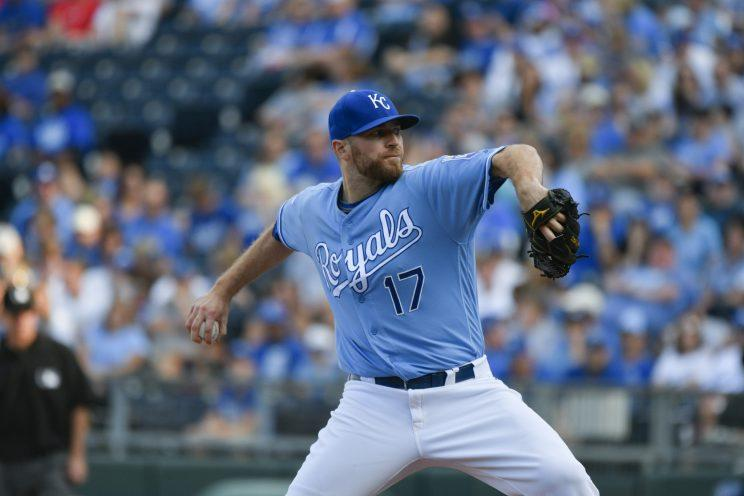 Wade Davis is joining the reigning World Champs. (Getty Images/Ed Zurga)