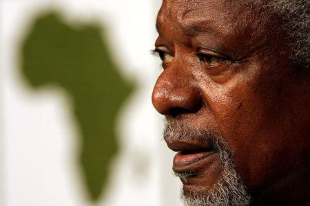 FILE PHOTO -  Former United Nations Secretary General Kofi Annan speaks at the World Economic Forum (WEF) in Cape Town