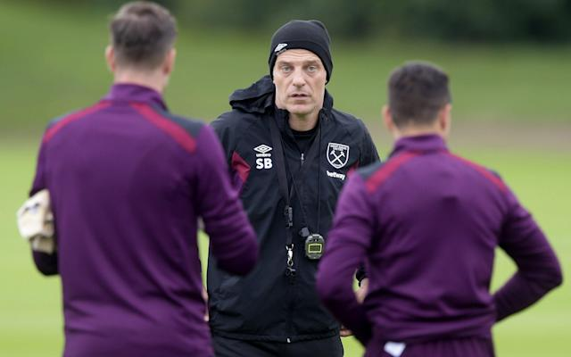 West Ham players remain 'completely behind' manager Slaven Bilic, says James Collins