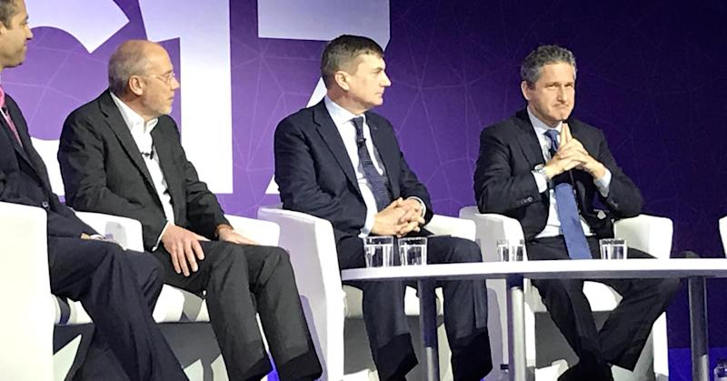 The $3.5 trillion 5G opportunity is at 'crossroads' as telecoms industry clashes over path forward