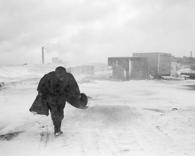 Cookie in the Snow, Seacoal Camp, Lynemouth, Northumberland, 1984 - Chris Killip