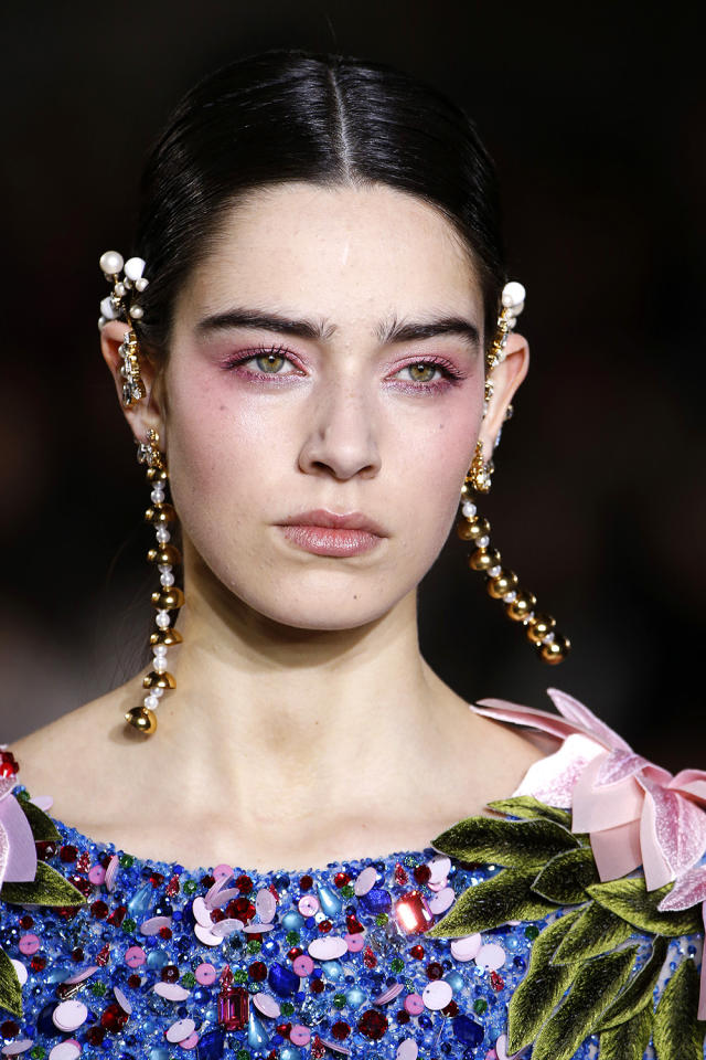 <p>Rose flushed eyes and muted lips. (Photo: Getty Images) </p>