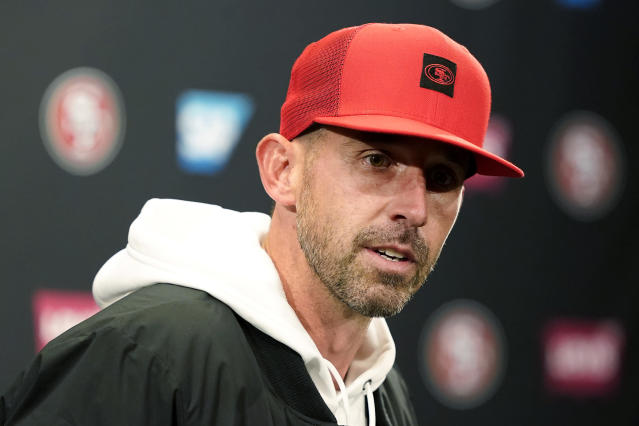 After beating the Rams on Saturday night, 49ers coach Kyle Shanahan delivered an extremely emotional postgame speech.  (AP/Tony Avelar)