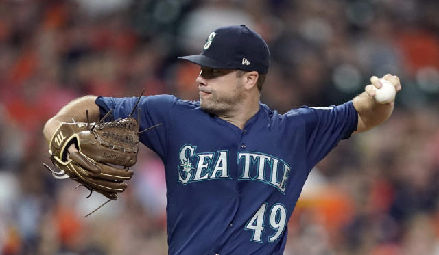 Seattle Mariners starting pitcher Wade LeBlanc throws against the Houston Astros during the first inning of a baseball game Monday, Sept. 17, 2018, in Houston. 9AP Photo/David J. Phillip)