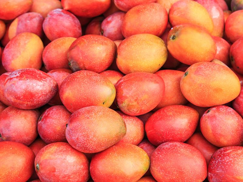 Here's How to Pick the Best Mango Every Time