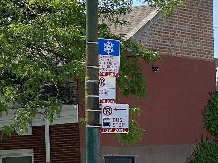 A street sign in chicago says you can't park there in the winter