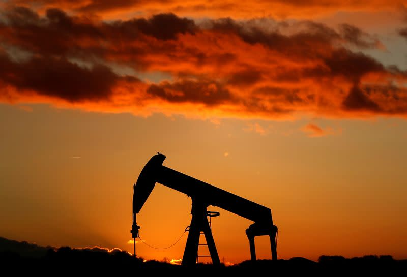 Oil prices fall as market weighs coronavirus demand impact