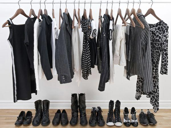 <p><strong>Essentials list</strong><br />Make sure you are well stocked with the essentials a like little black dress, a white blouse, a neutral cardigan, a knee-length skirt, black dress pants, a pair of jeans, a solid color t-shirt, a jacket, a pair of heels, a pair of boots, a pair of dress, casual flats and a basic handbag. You can easily mix and match these few key pieces to create different outfits.</p>