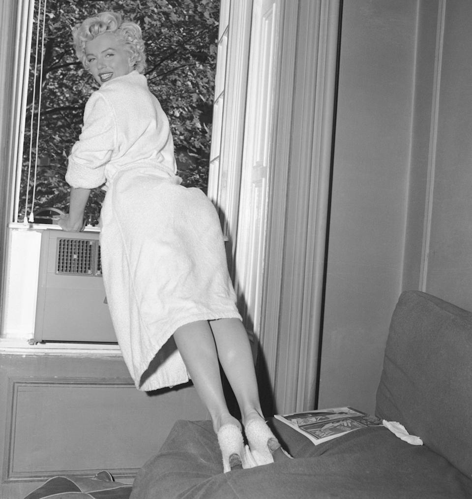 """""""The Seven Year Itch,"""" filming on location on 61st Street in Manhattan, New York City."""