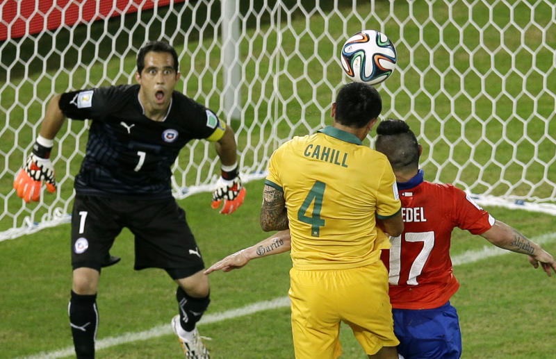 Evergreen Cahill offers hope to Australia, Spain