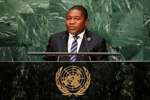 Mozambique's president dismisses head of intelligence and army chief