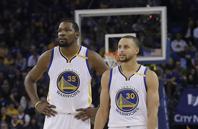 Kevin Durant and Steph Curry have one goal: winning an NBA title. (AP)