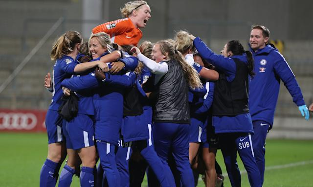 Chelsea went through to the last-16 of the Champions League after a crucial away goal from Fran Kirby.