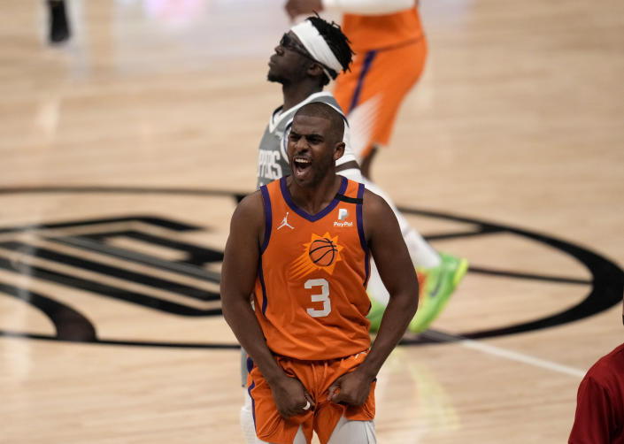 Chris Paul will run it back with the Phoenix Suns after leading the team to its first NBA Finals appearance since 1993. (Keith Birmingham/MediaNews Group/Pasadena Star-News via Getty Images)