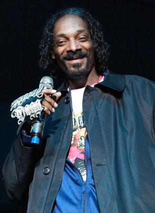Snoop Dogg performs at Madden Bowl XVIII