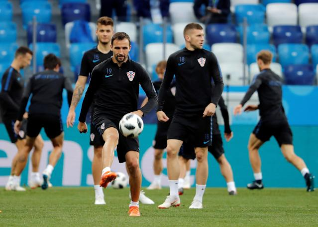 Soccer Football - World Cup - Croatia Training - Nizhny Novgorod Stadium, Nizhny Novgorod, Russia - June 20, 2018 Croatia's Milan Badelj during training REUTERS/Carlos Barria
