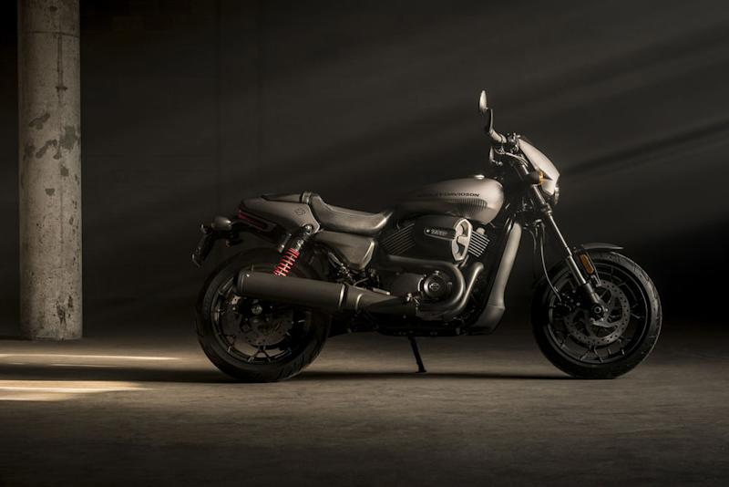 harley-davidson adds new street rod 750 to its lineup