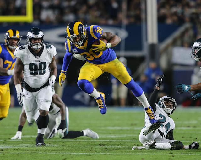Todd Gurley has been rested with a knee injury but is set to play against the Cowboys