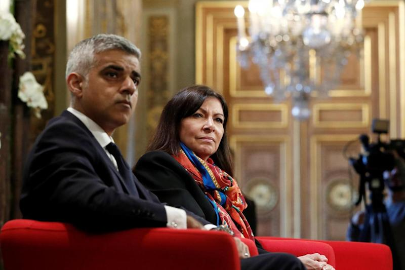 Toxic air: London Mayor Sadiq Khan and Paris Mayor Anne Hidalgo met to talk about air pollution. (REUTERS)